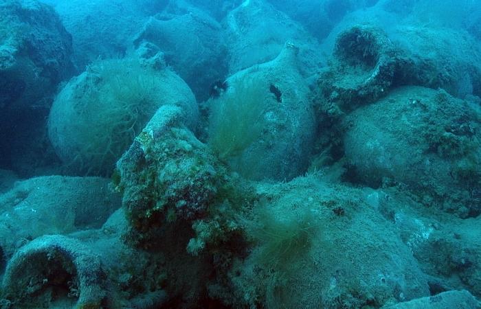 Были скрыты под водой «древнеримские пилюли».