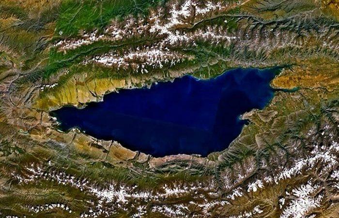 Было скрыто под водой древнее поселение на озере Иссык-Куль.