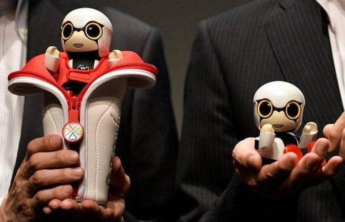 Странный функционал робота: ребенок.