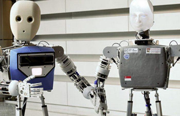 Странный функционал робота: создание роботов.