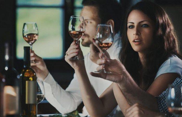 Дорогое вино лучше на вкус.
