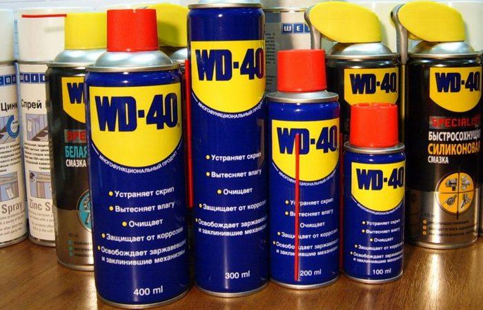 Удаление чернильных пятен: пригодится WD-40.