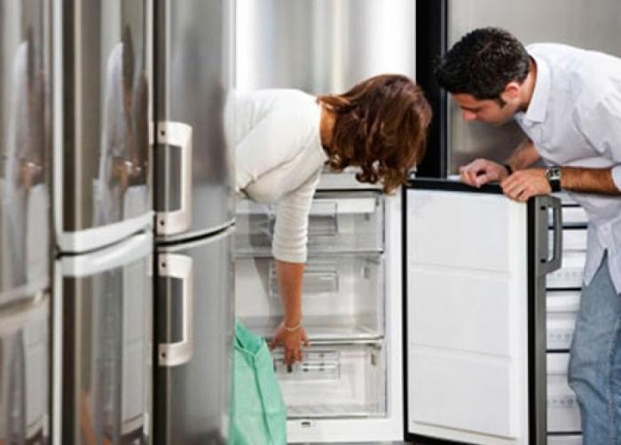 Как правильно выбрать холодильник, чтобы не переплатить и остаться довольным.