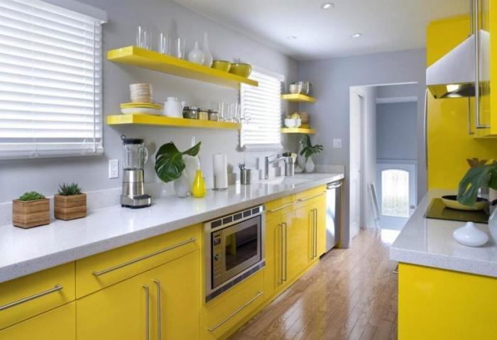 Желтая кухня для хорошего настроения.