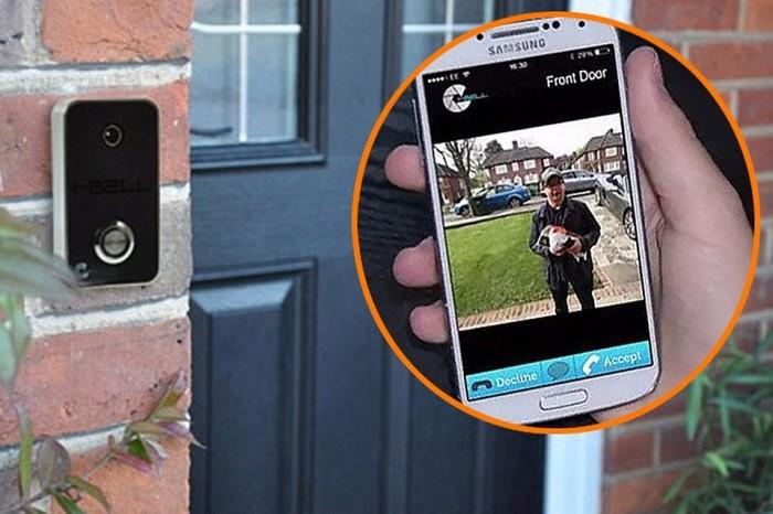 «Умные» дверные звонки, которые защитят обитателей квартиры от нежелательных визитёров.