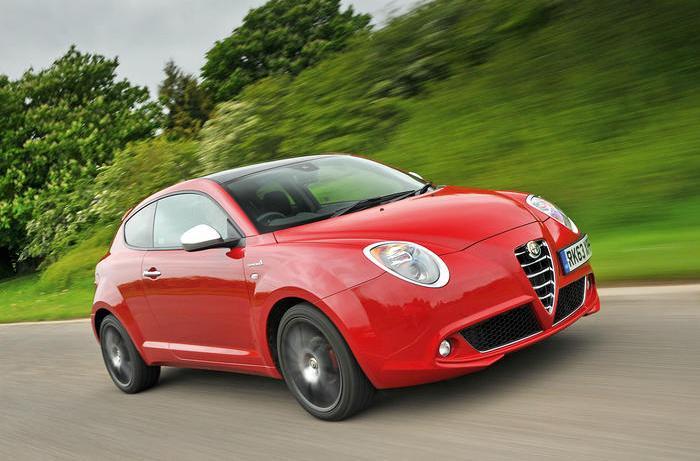 Симпатичный итальянский мини-хэтчбек Alfa Romeo Mito. | Фото: autocar.co.uk.