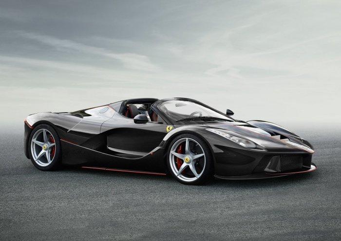 Новый спайдер Ferrari LaFerrari Aperta.