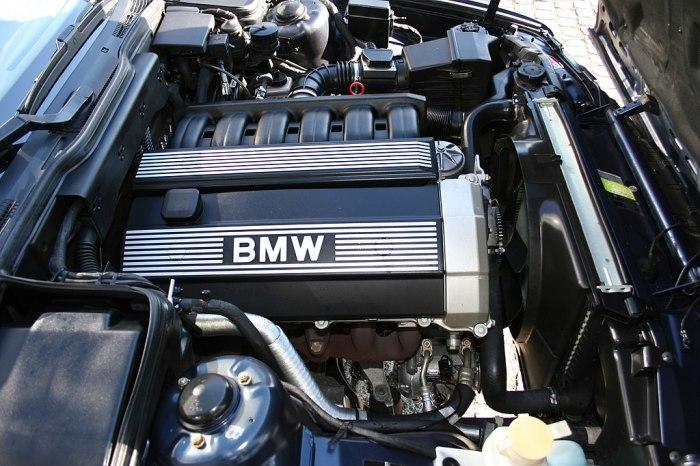 Моторы от BMW 1990-х годов не только очень надежны, но еще и довольно красивы. | Фото: ru.wikipedia.org.