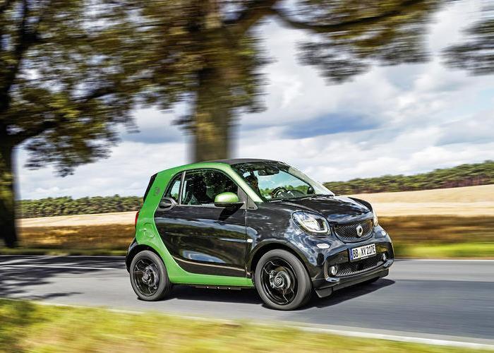 Электрокар Smart Fortwo ED с очень ограниченными возможностями. | Фото: autocar.co.uk.