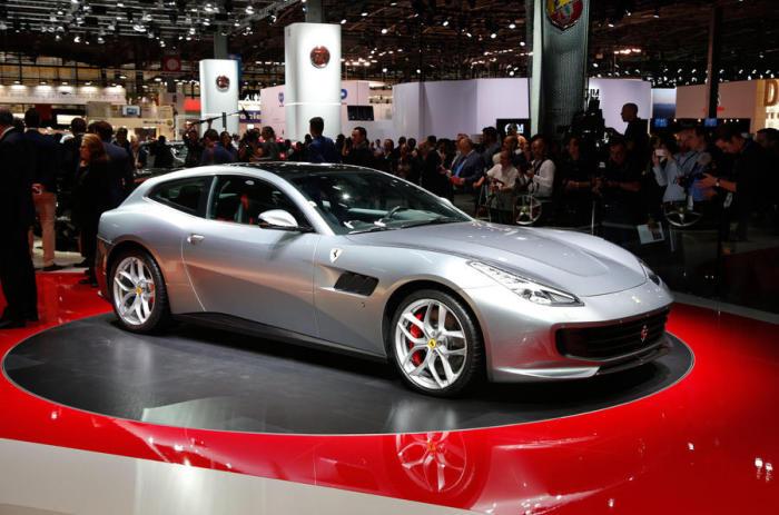 Облегченная версия четырехместного Ferrari GTC4 Lusso.
