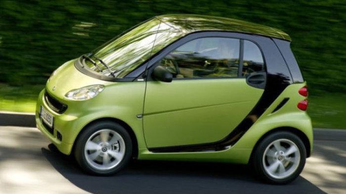 Smart Fortwo - маленький автомобиль с огромным расходом топлива.