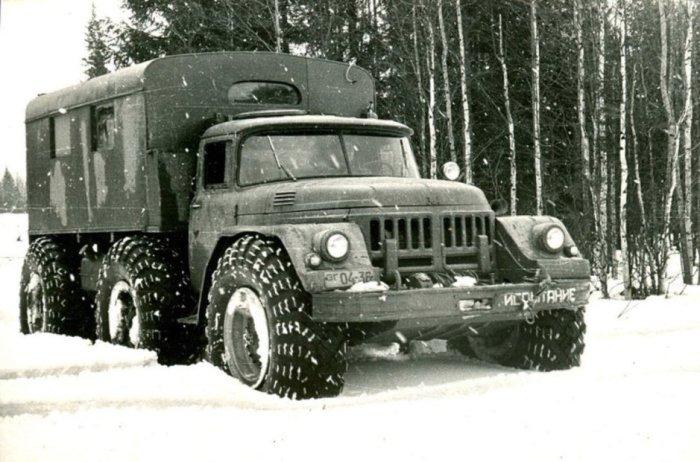 ЗИЛ-132 с автоматической коробкой передач и  24-дюймовыми шинами, 1961 год.