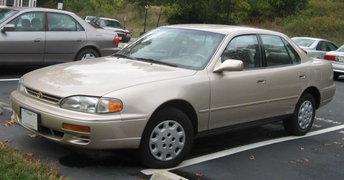 Toyota Camry 1995 года – большой японский седан для тех, кому надоела аскетичность «немцев». | Фото: zombdrive.com.