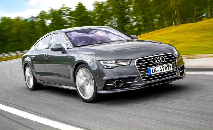 Роскошный седан бизнес-класса Audi A6.