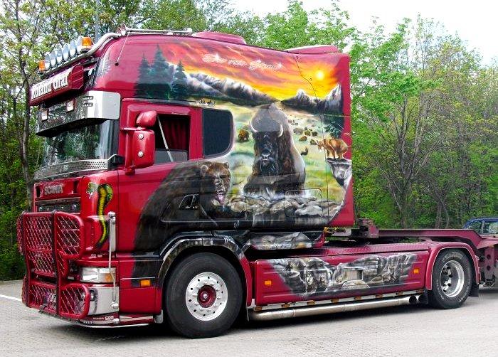 Scania Longline 164L 580 V8 «Красный гигант».