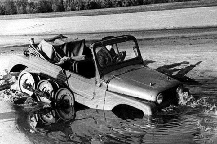 НАМИ С-3 на водных испытаниях в 1962 году.