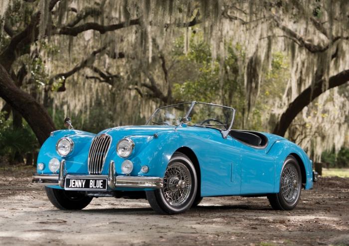 Первый спортивный Jaguar с автоматической коробкой передач.