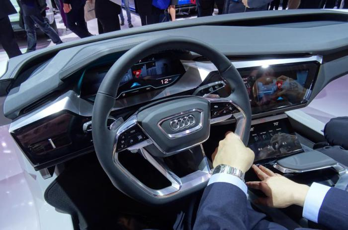 Новая концепция салона Audi.