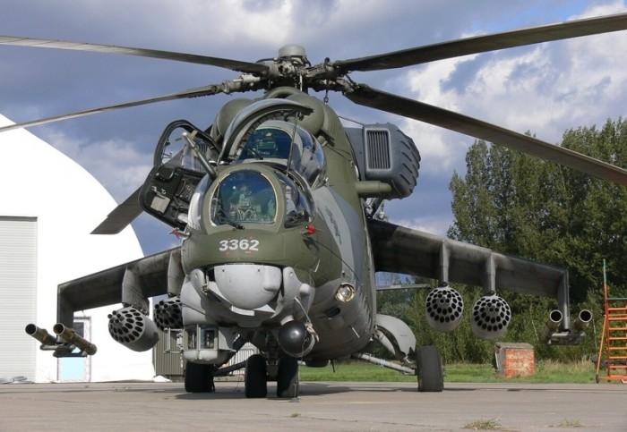 Ударный вертолет Ми-24 с подвешенным вооружением. | Фото: nlo-mir.ru.
