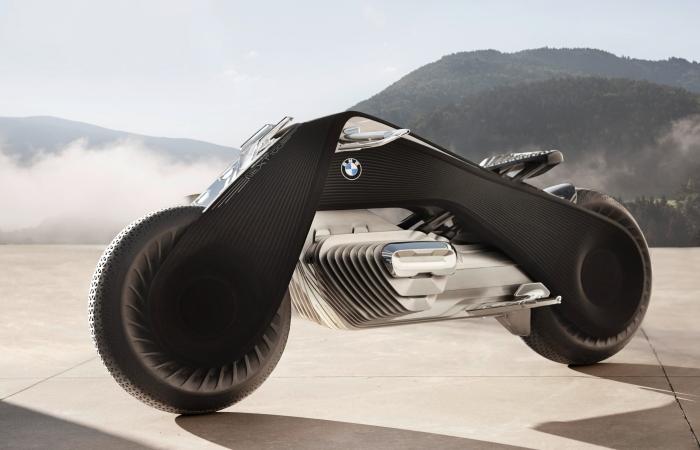 BMW Motorrad Vision Next 100 - стремительный концепт мотоцикла будущего.