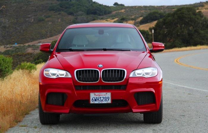 BMW X6M – внедорожник, который больше похож на спорткар.