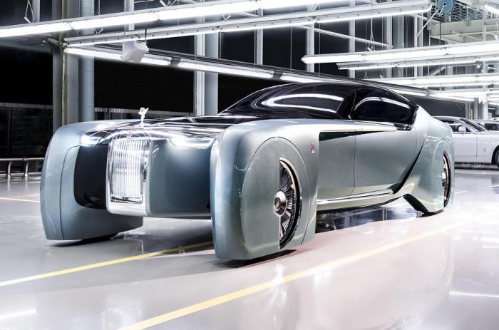 Новый Rolls-Royce ломает стереотипы.