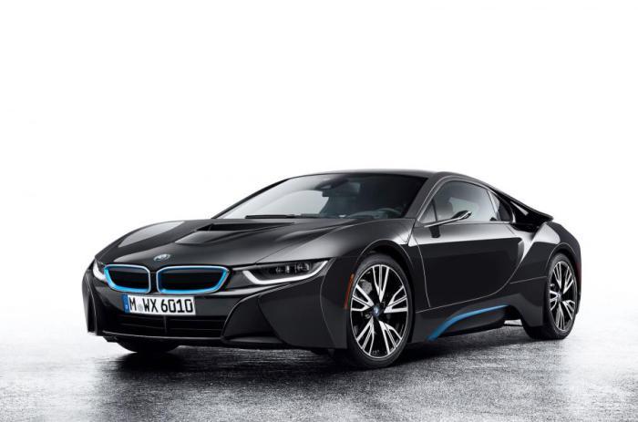 Камеры заместь зеркал на концепте BMW i8.