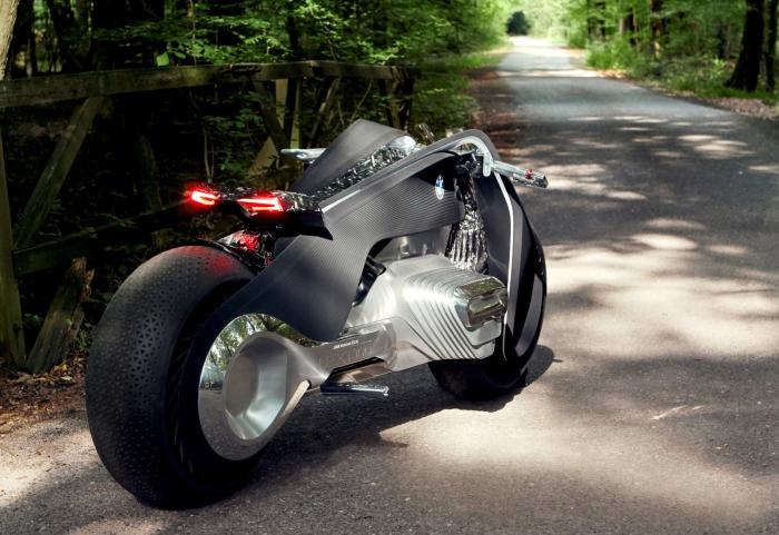 BMW Motorrad Vision Next 100.3