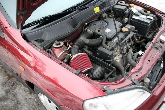 Сейчас фильтр-нулевик перестал быть деталью исключительно спортивных машин. | Фото: drive2.com.