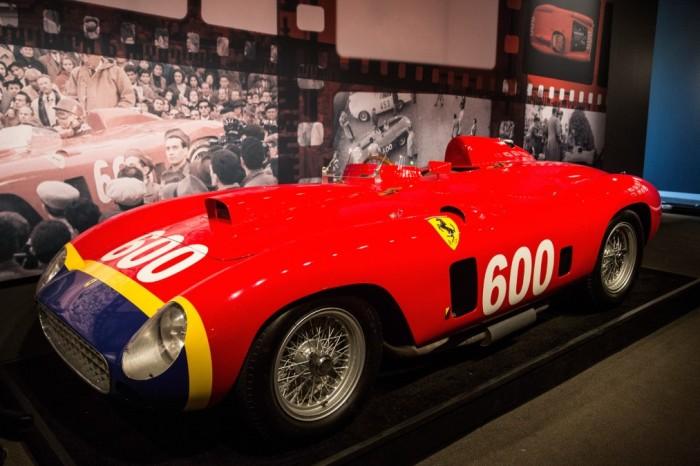 Гоночный автомобиль Ferrari 290 MM 1956 года. | Фото: theweek.co.uk.