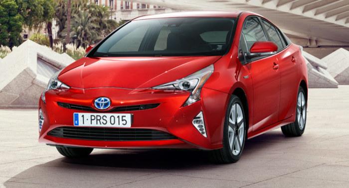 Новейшая версия популярного «гибрида» Toyota Prius.