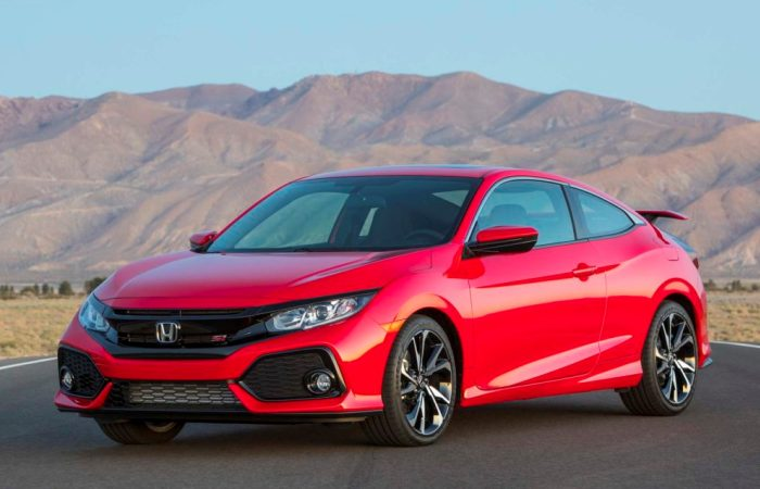 Honda Civic Si – один из тех автомобилей, которым далеко до лидеров. | Фото: carsviral.com.