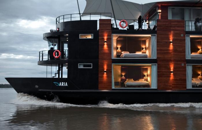 Круизное судно-отель Aria Amazon. | Фото: beautifullife.info.