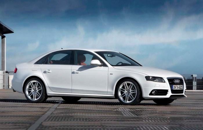 Audi A4 - отличный подержанный автомобиль.