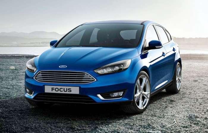 С приобретением нового Ford Focus стоит пока повременить. | Фото: petercar.ru.