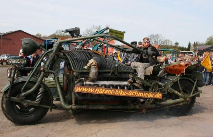 Panzerbike - самый тяжелый в мире мотоцикл с двигателем от танка.