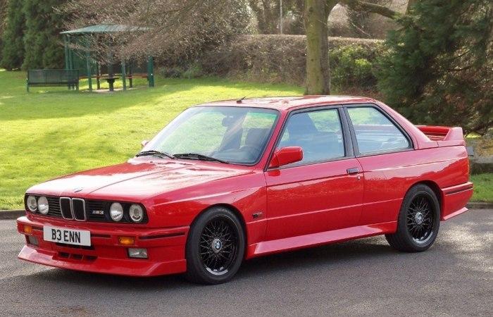 BMW E30 M3 – немецкий спортивный седан 3-й серии.
