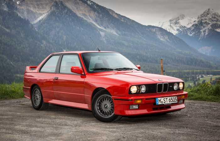Некоторые автомобили, такие как BMW 3-Series, имеют богатую историю. | Фото: yandex.com.