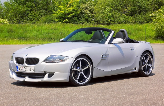 Спортивный родстер BMW Z4 в кузове Е85 выпускался с 2002 по 2008 гг. | Фото: mosautoshina.ru.