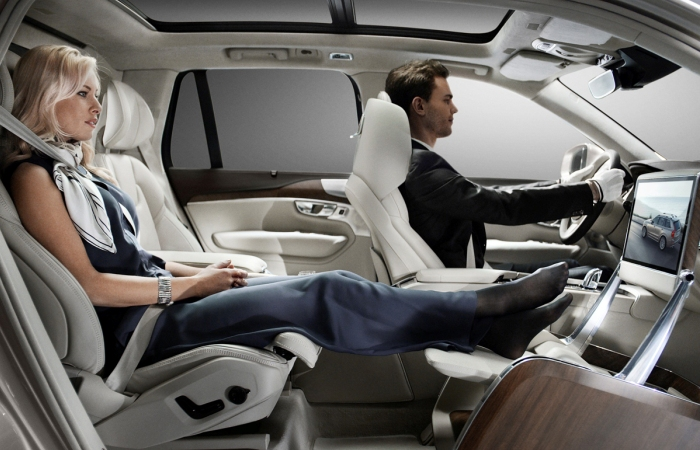Комфорт и роскошь нового автомобиля.