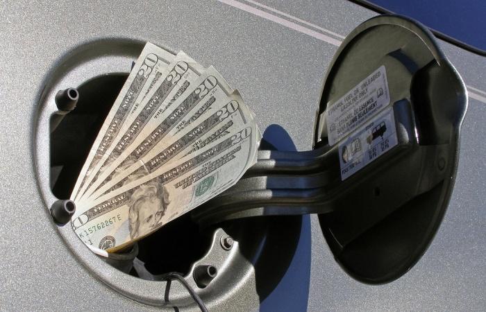 Обзор действенных способов сберечь свой кошелек на заправке. | Фото: nv.ua.