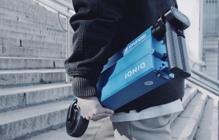 Компактный и легкий Hyundai Ioniq Scooter.