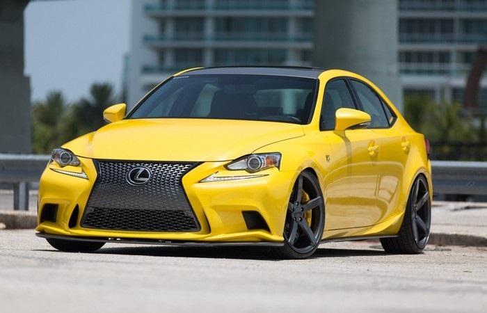 Автомобили Lexus всегда славились высокой надежностью. | Фото: blog.vossenwheels.com.