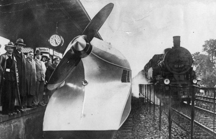 Немецкий аэровагон «Рельсовый цеппелин». | Фото: spiegel.de.