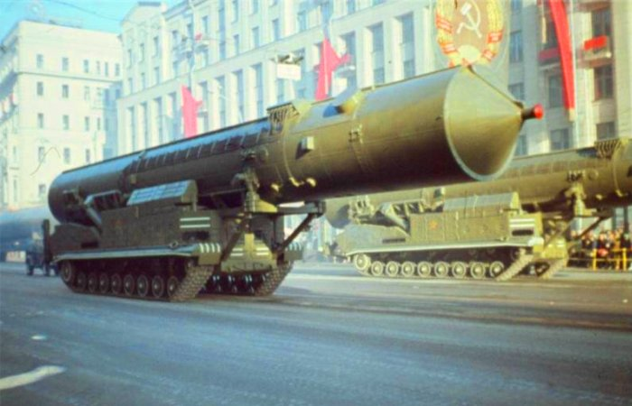 Первая отечественная межконтинентальная баллистическая ракета РТ-20. | Фото: masterok.livejournal.com.