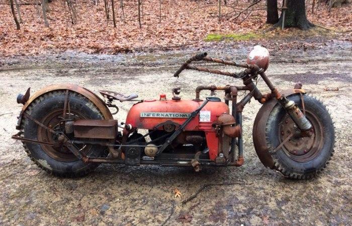 Сложно поверить, но этот мотоцикл сделали из... трактора. | Фото: popmech.ru.