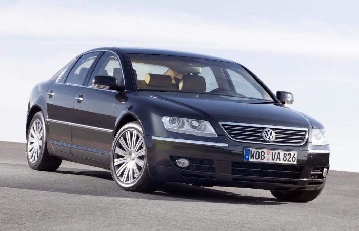Volkswagen Phaeton - великолепный автомобиль, который никому не нужен.