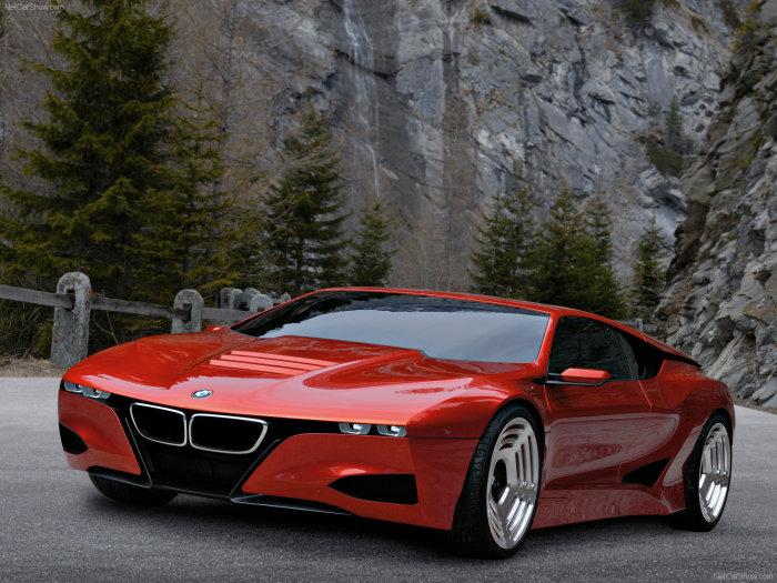 Клиновидный кузов спортивного купе BMW M1 Hommage.
