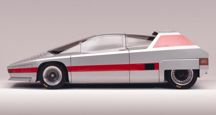 Клиновидный профиль Alfa Romeo Navajo.