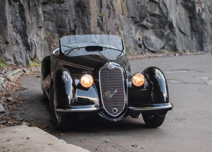 Элегантный Alfa Romeo 1930-х годов. | Фото: coachbuild.com.